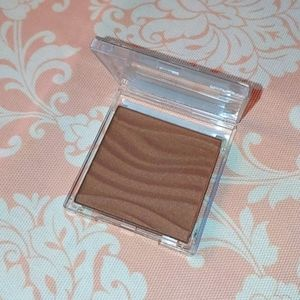 Mary Kay bronzing powder medium dark